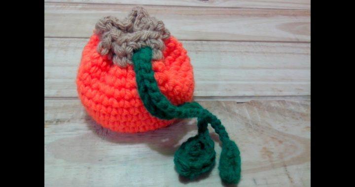 ff38f723a Bolsita o Monedero tejido a crochet – Calabaza | Crochet.eu