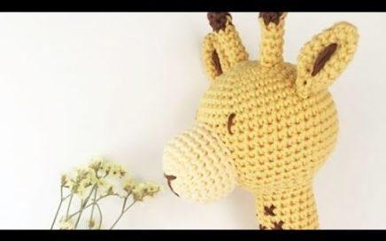 Jirafa amigurumi – El tiempo entre lanas | 272x436